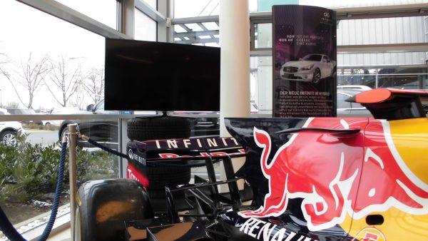 LED 3D Fernseher 138cm : USB Recording, Skypen und Vernetzung mit AllShare Play