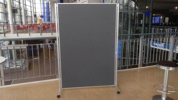 Pinnwand XL mit 180cm Ständer für 30 € mieten